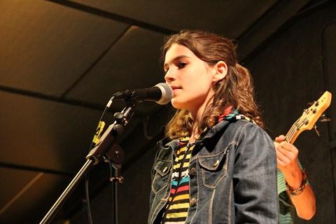 On chante à Rock The Casbah, la colonie musique et cinéma de Haute-Garonne